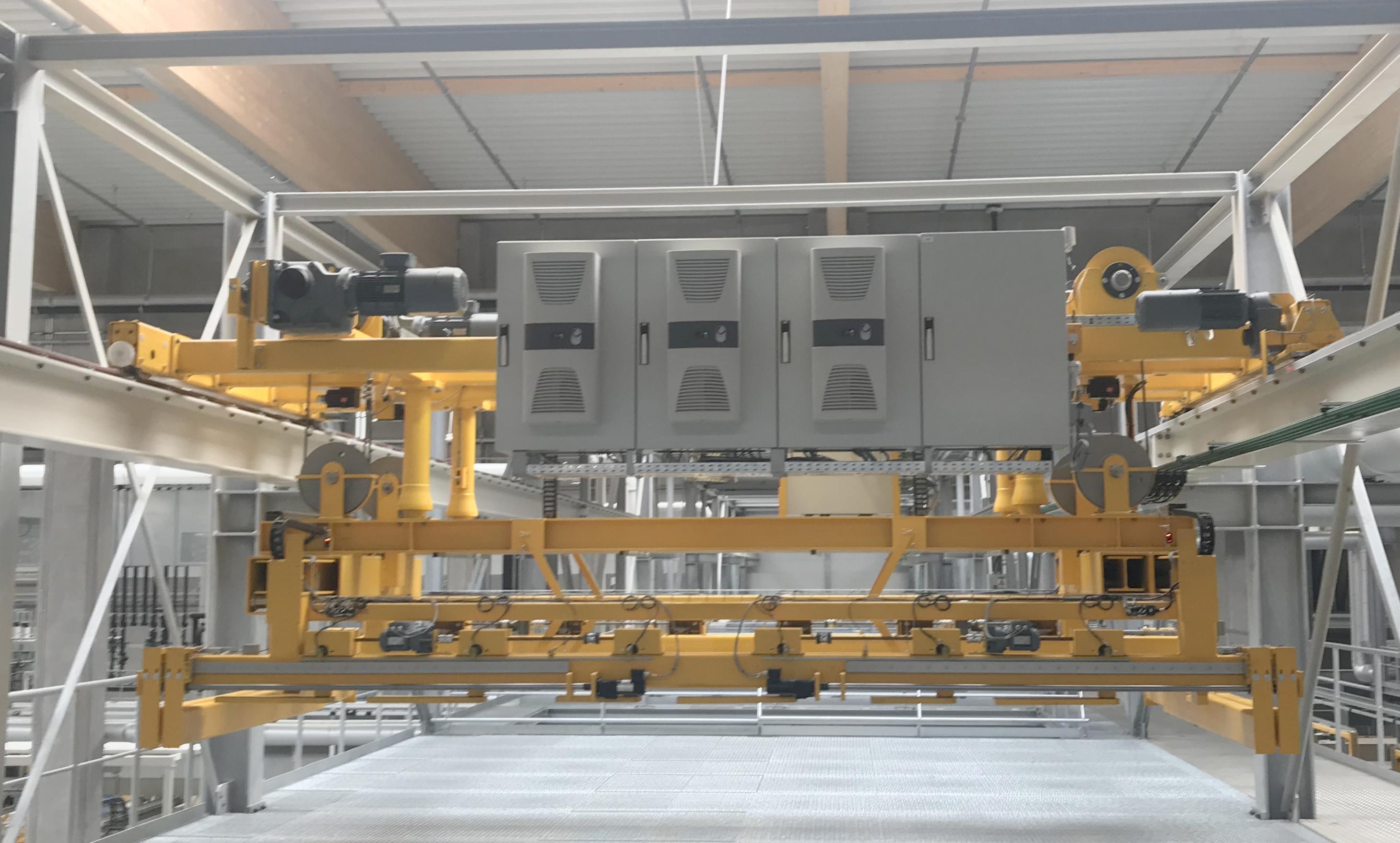Altmann Zweischienenlaufkatze Holzstapeltransport